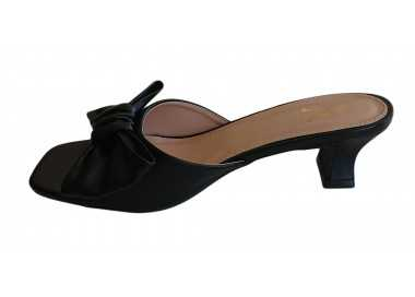 sandales à talon mules